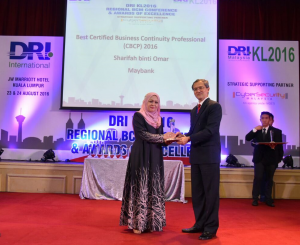 DRIKL2016 Awards Sharifah